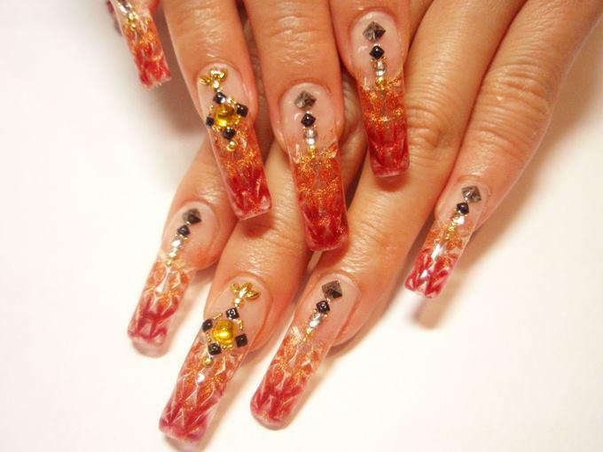 Аквариумный дизайн ногтей на разные формы