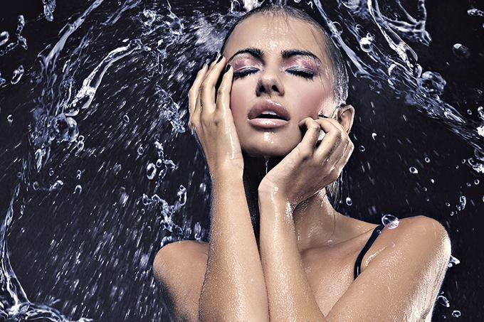 Тонкости водостойкого макияжа