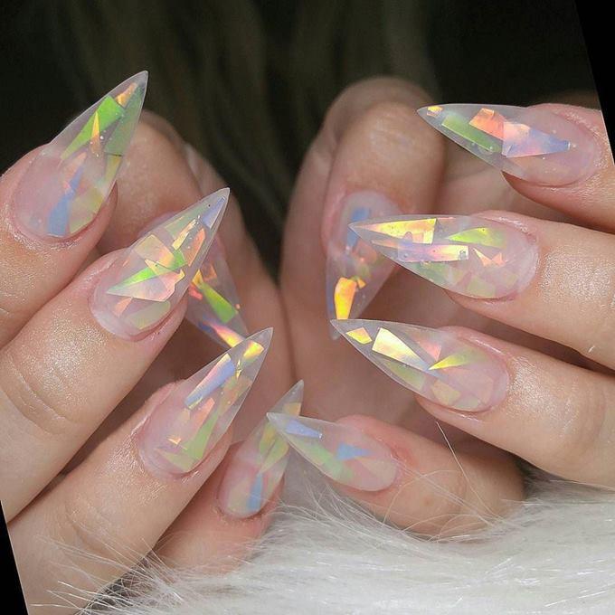 Аквариумный дизайн ногтей с фольгой