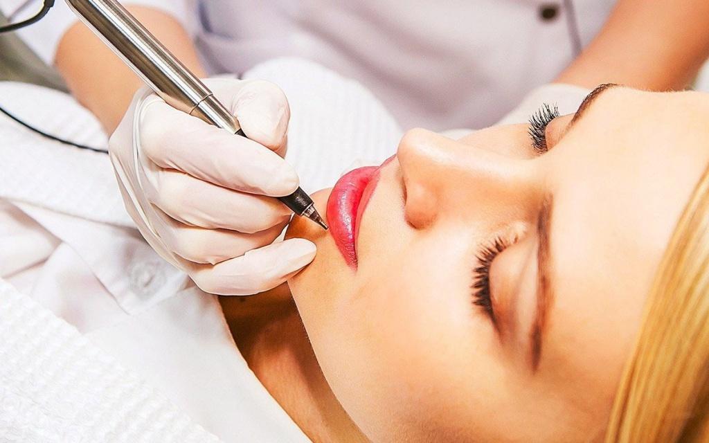 Коррекция перманентного макияжа