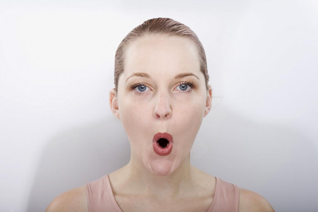 Рекламный хот рабочий рот