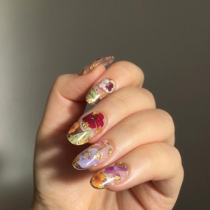 Аквариумный дизайн ногтей с сухоцветами
